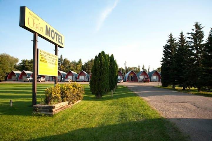 The Little Chalet Motel