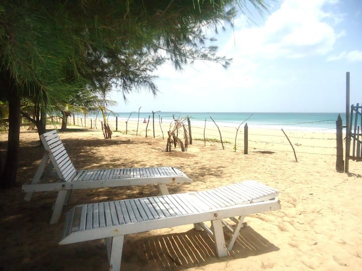 White Sand Beach Sea View Rooms for 6 Person