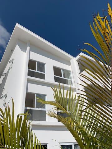 BRAND NEW CONDO- walking distance to heart of Jacó