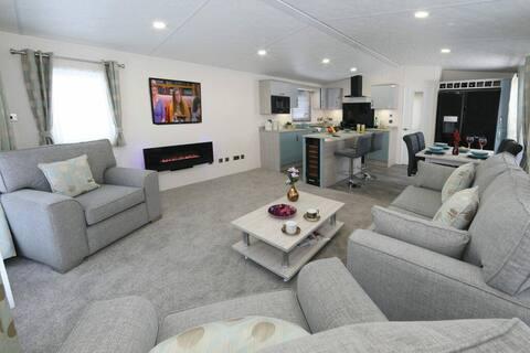 Superior 6 berth holiday home at Carlton Meres