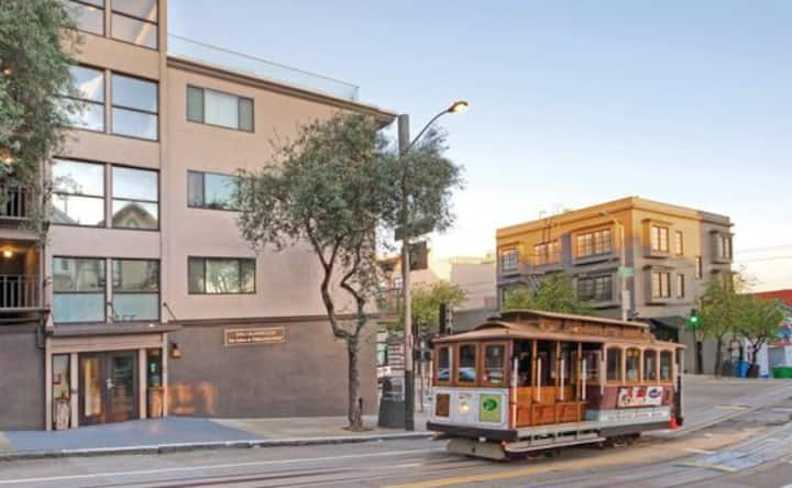1BR Suite at Fisherman's Wharf *No Cleaning Fee*