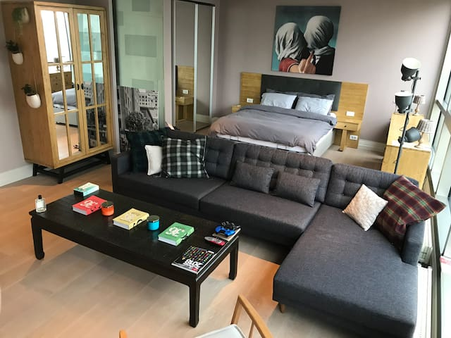 Clean, Comfy & Safe Stay in Full Service Residence