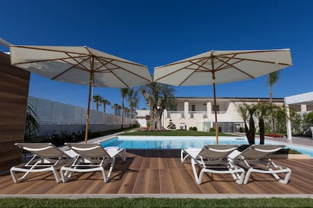 Holiday House Salerno Coast with Pool and beach