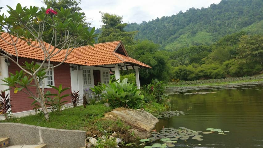 Benum Hill Resort-Lakeside Comfort - Raub