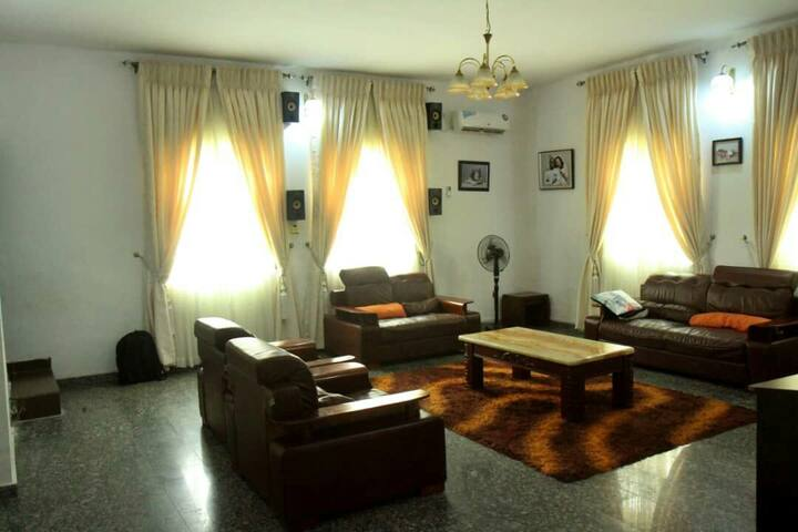 Tastefully furnished Deluxe BnB Apartments