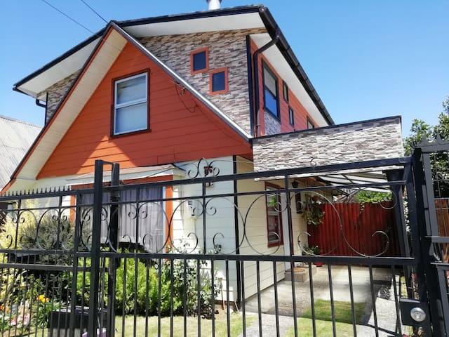 Amplia Casa en Valdivia-Chile