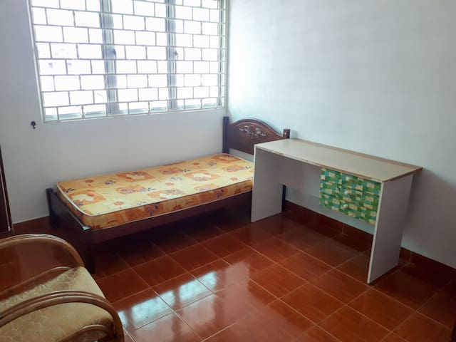 Medium size room with balcony in KL
