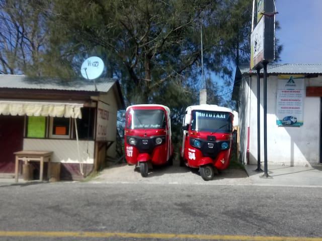 Moto Taxi tels 9513544204  -                9513921807  -9511072937