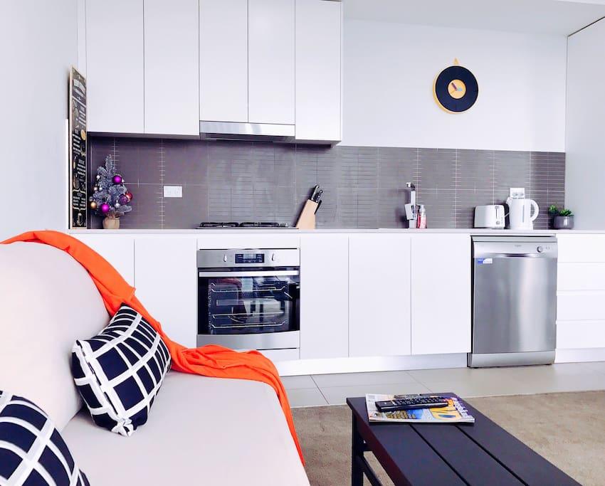 1BR/1Bath apartment - kitchen