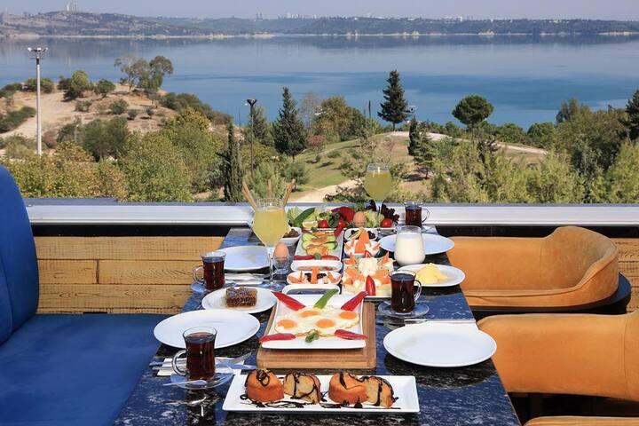 Golden Lake Hotel Adana Bed & Breakfast