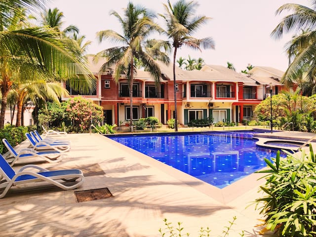 Royale Holiday Villa - 4BHK || Party Music System