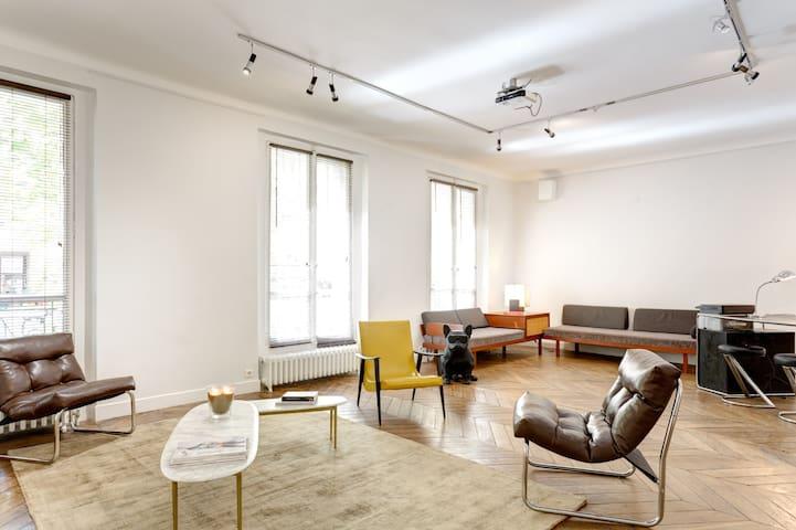 Charming 130 sqm flat + garden - Champs Elysées