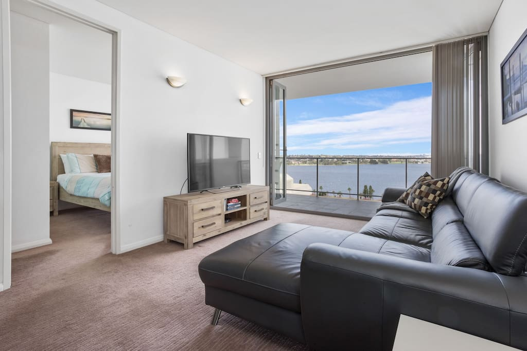 Relax and enjoy the views of the Swan River at CBD Delight for your Perth stay!