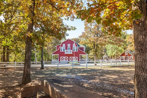 Secluded Farm Stay at Okie Grown Farms
