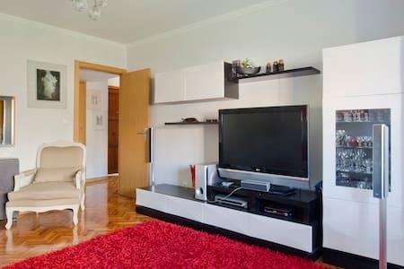 Encarnação - Lisboa, 2 quartos  - Lissabon - Lägenhet
