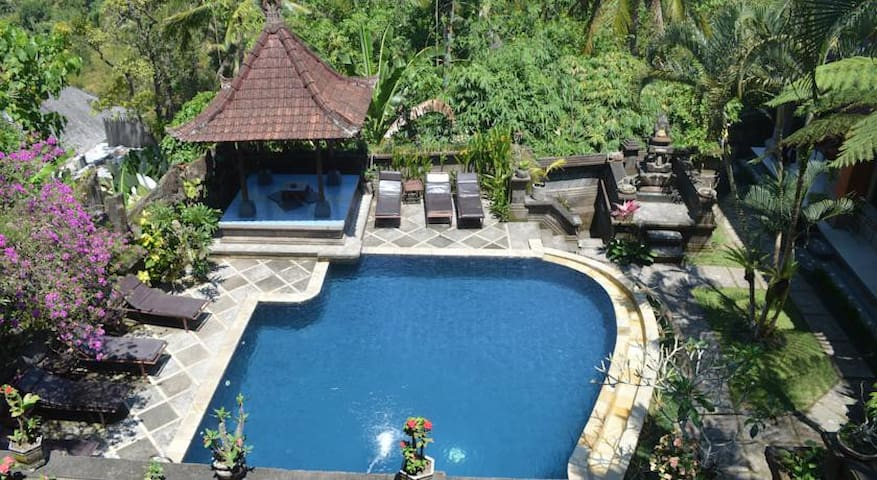 NICK-Bed & Breakfast Great View Pool - Ubud Center