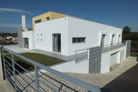 Villa 5ch avec piscine,plages,surf,golf et mojito. - Foz do Arelho - Villa