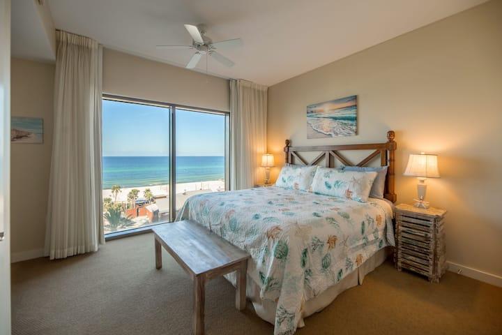 Origin 502-Beautiful Beach View Studio-Sleeps 2