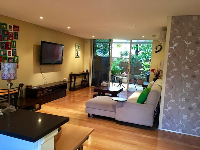 Large apartment with private courtyard