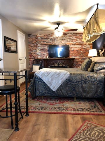 Cozy Historic Guest House - Central PHX / Downtown
