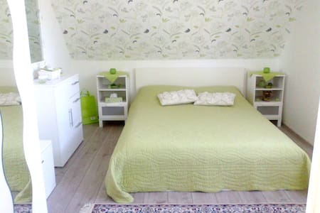 Comfortable Room in Kalkar - Kalkar - Hus