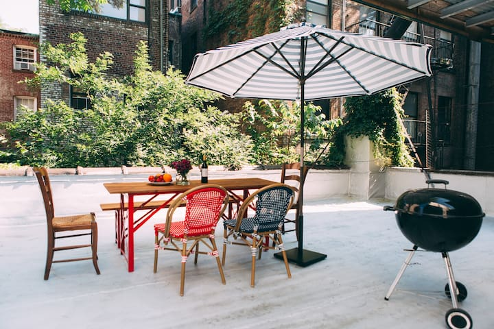 Super relaxing West Village 1BR w/private terrace