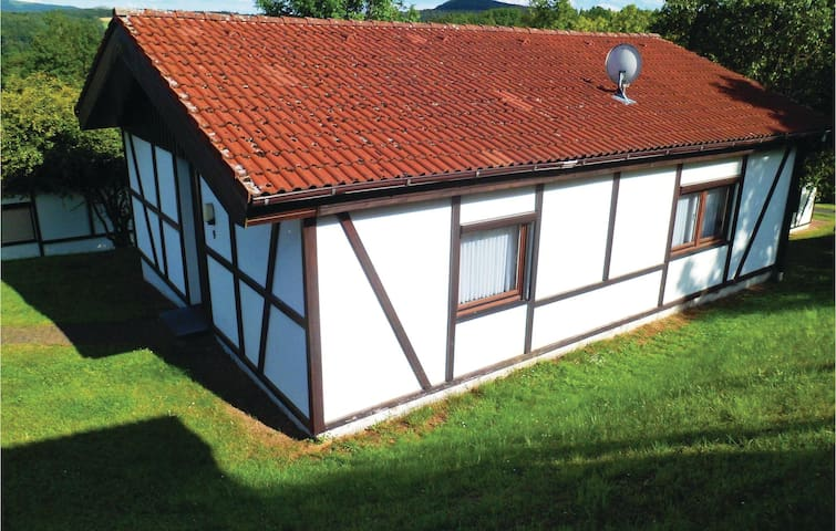 Holiday cottage with 2 bedrooms on 62 m² in Dipperz