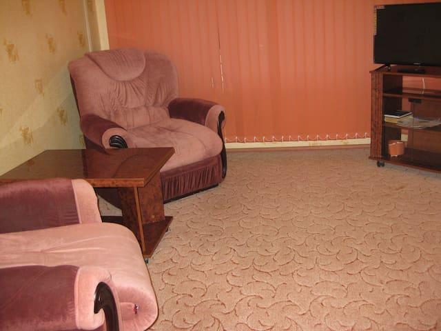 чистая , уютная 1 комнатная квартира
