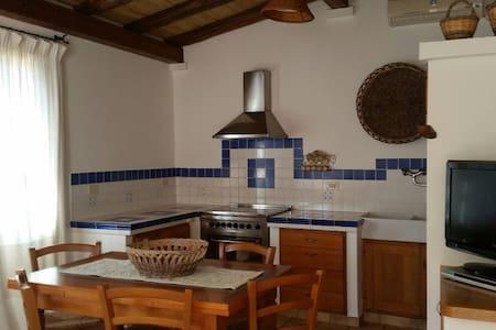 Visit Pula and Southern Sardinia - Pula - Apartamento