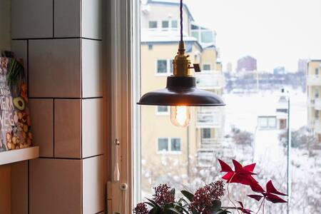 Charming apartment in great location of Gröndal - Stokholm
