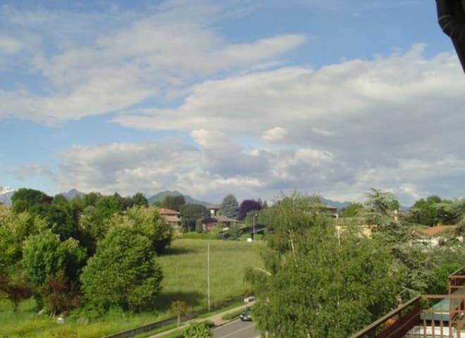 Affitto camera in trilocale - Orsenigo - อพาร์ทเมนท์