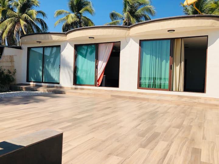 La Perla Playa Azul, Bungalow #4