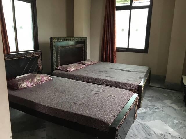 Global hotel mansehra