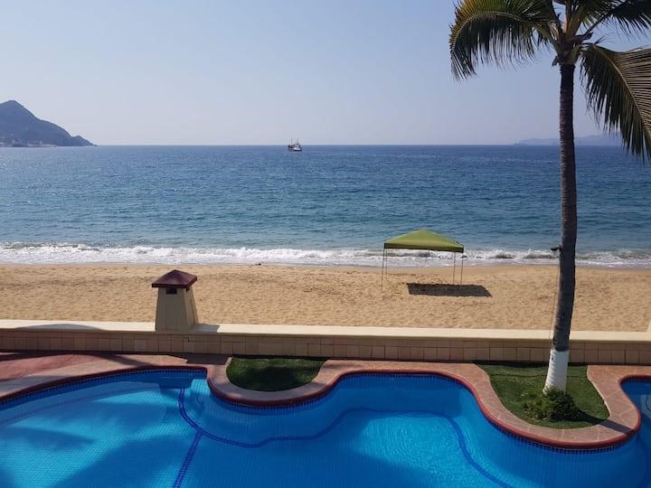Departamento Manzanillo,Colima Playa las brisas.