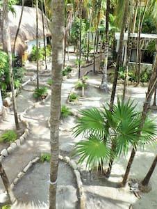 "Beach Zone, Cenote & ""Águila"" Room w/Terrace - Tulum - Blockhütte"