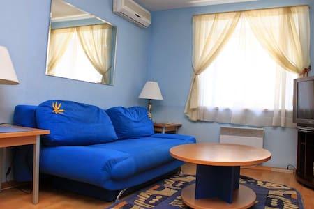 Apartment-rent. Deribasovskaya3-025 - 敖德萨 - 公寓