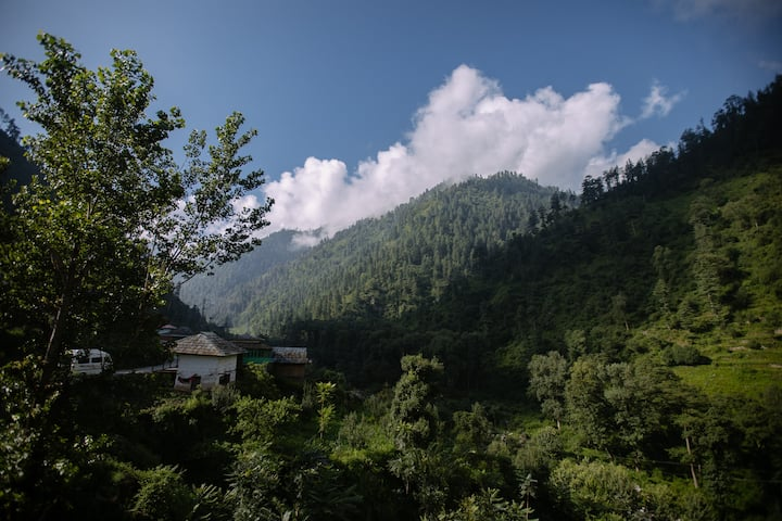 Comfortable guesthouse near Falachan river 3