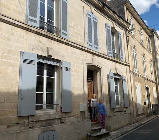 Town centre house in South West France