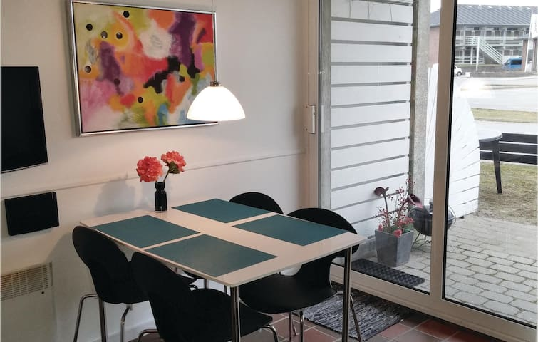 Holiday apartment with 1 bedroom on 37 m² in Fanø