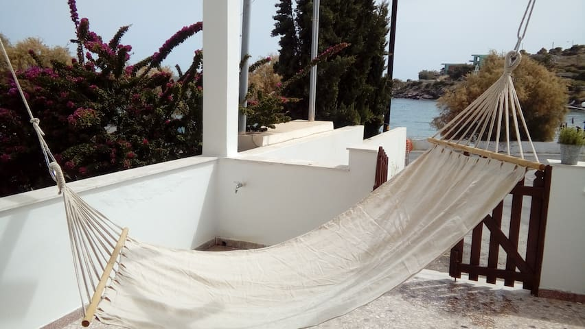 House 20m from the beach(Syros island)