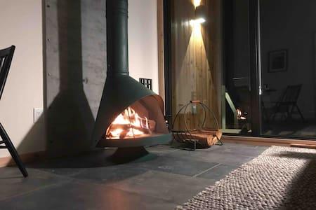 Lunori | Loft 1 | Modern Mountain Experience