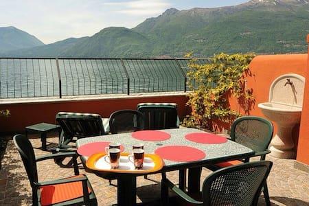 Top 20 des locations de vacances bellano locations for 300 lake terrace