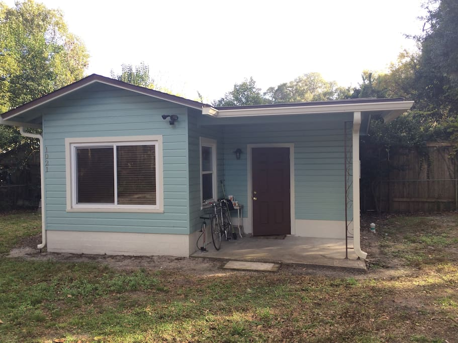 Efficiency studio home gainesville guesthouses for rent for Efficiency studio
