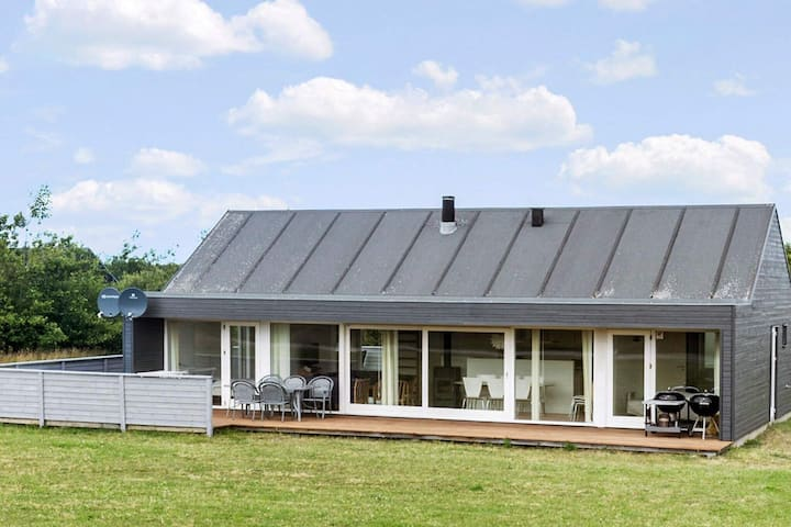 Elegant Holiday Home in Brovst with Sauna