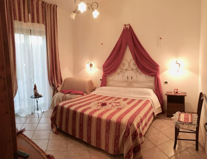 Rooms in nice location on the top of Amalfi Coast!