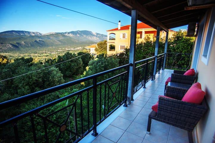 Kefallinia Mountain View Third Floor Apartment