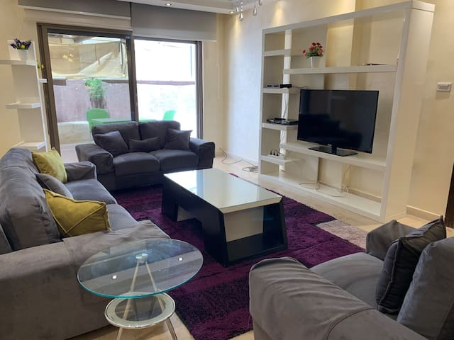 Shak's 3 bedroom House Abdoun
