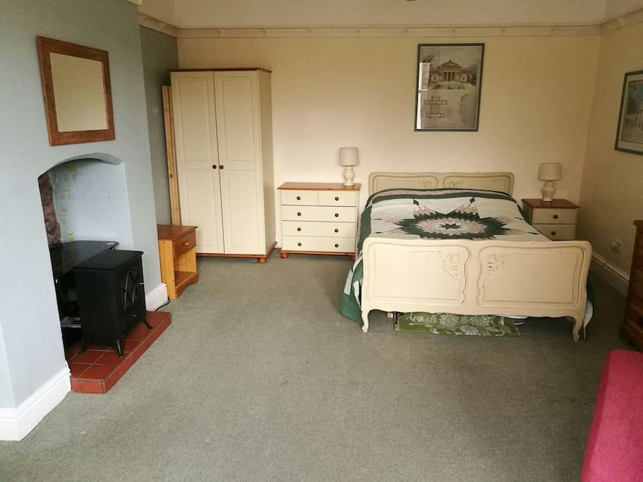 ground floor flat edge of worcester near malvern wohnungen zur miete in rushwick england. Black Bedroom Furniture Sets. Home Design Ideas