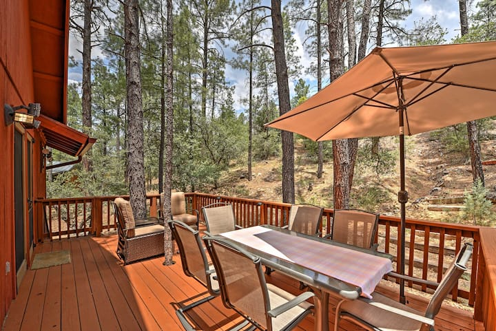 Prescott Cabin w/ Beautiful Forest Views & Deck!