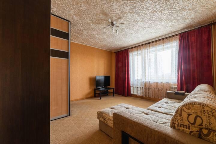Однокомнатная квартира на Чекистов 5